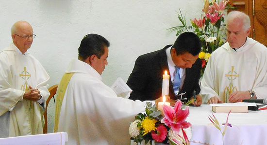 At the vow profession in Querétaro, Mexico: Fr. Quentin Hakenewerth, Fr. Raymundo Domínguez González, sector superior, Bro. Rigoberto, and Fr. Marty Solma, provincial