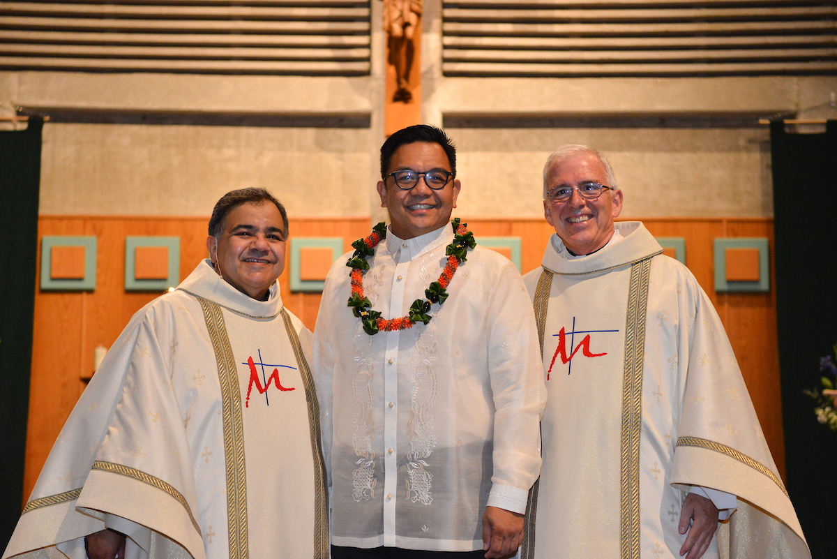 Fr. Oscar Vasquez, Bro. Allen Pacquing and Fr. Tim Kenney | Photo Credit: Robin Jerstad